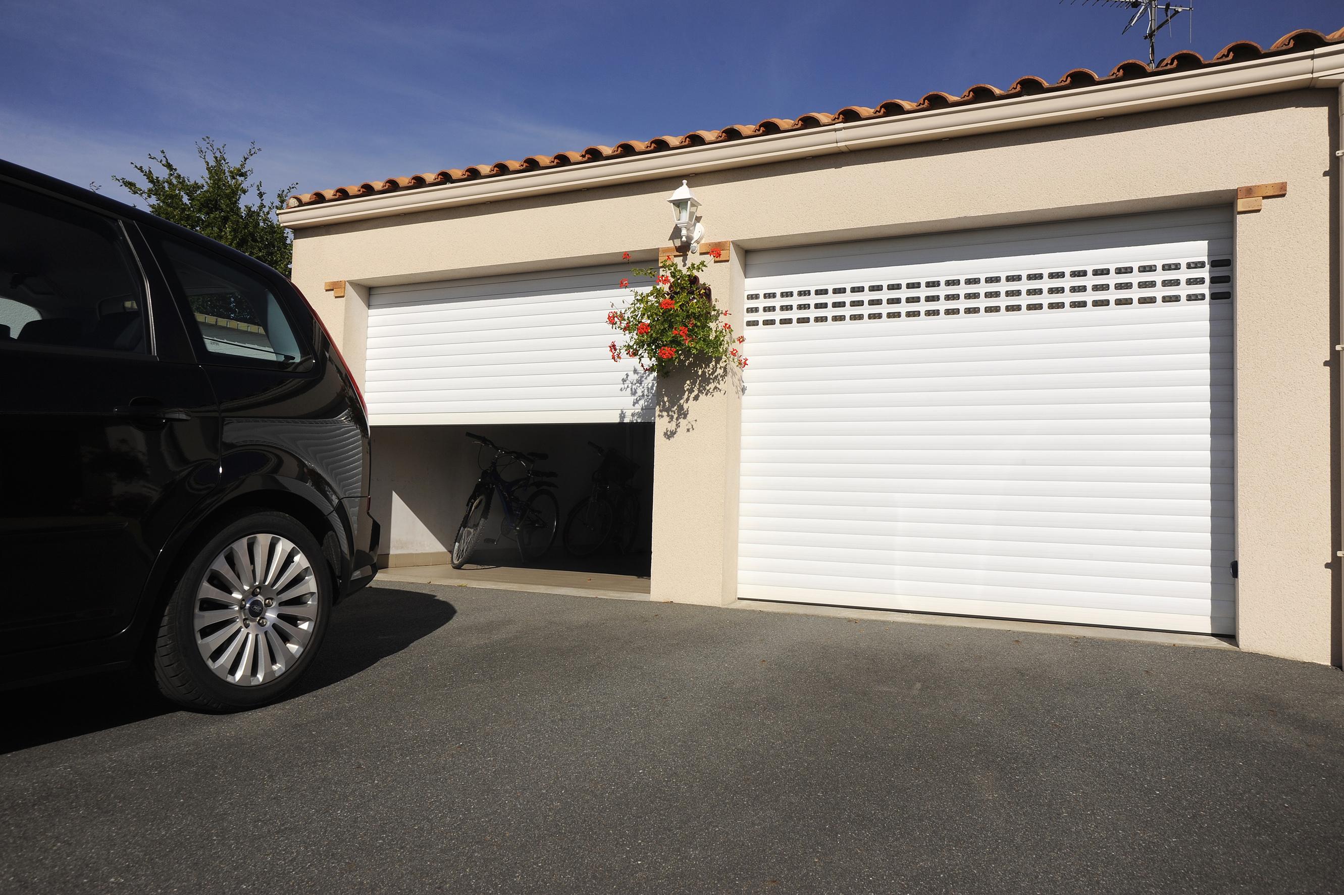 Porte de garage sectionnelle ou enroulable voiron - Porte de garage sectionnelle ou enroulable ...