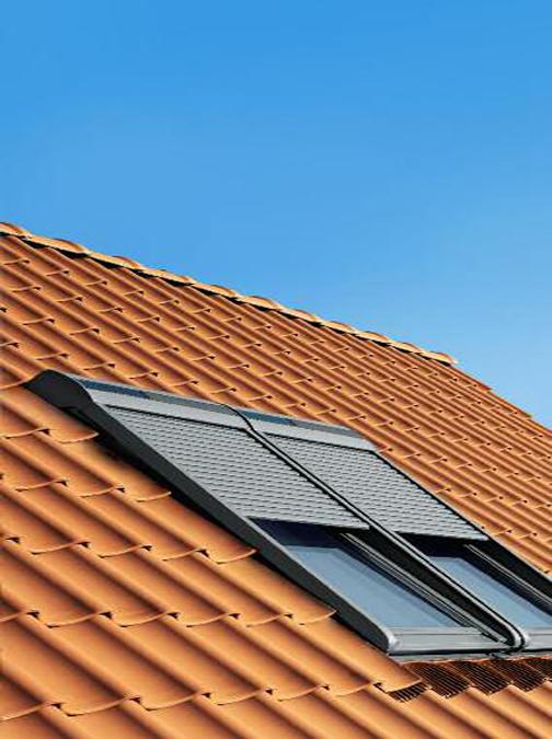 Volet roulant fenetre de toit univers energies Volet pour fenetre de toit